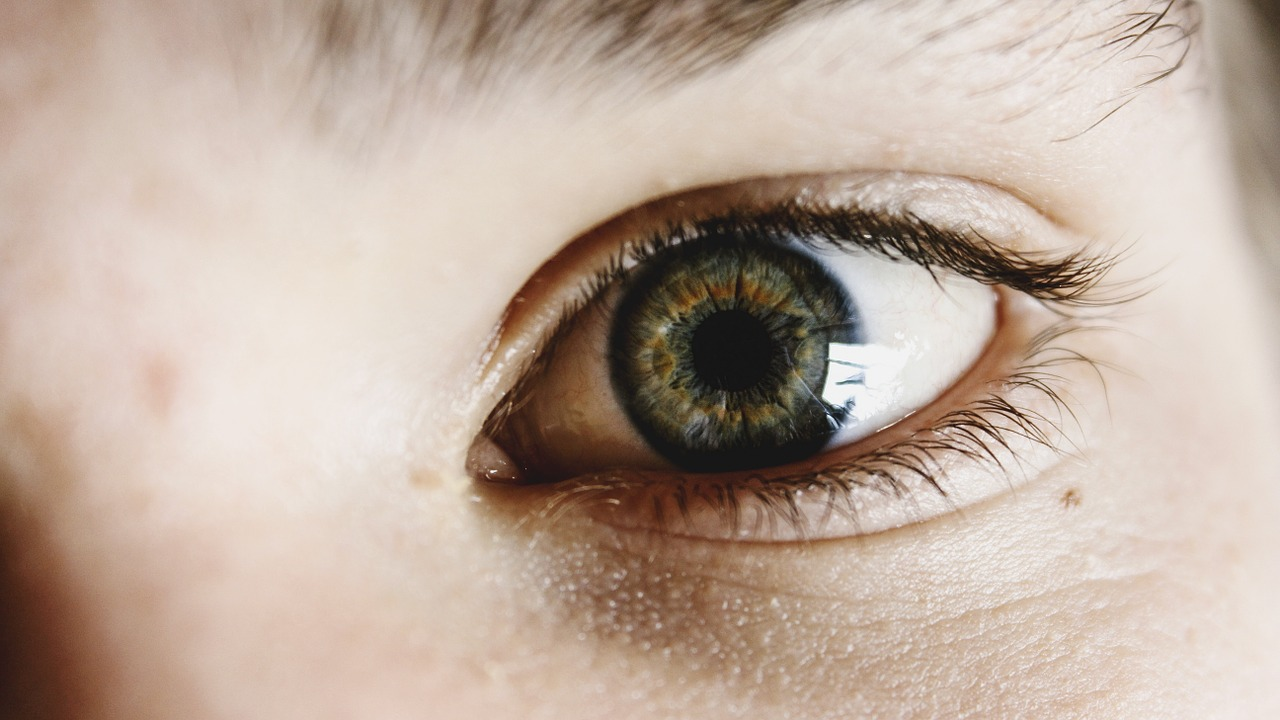 yeux vitreux